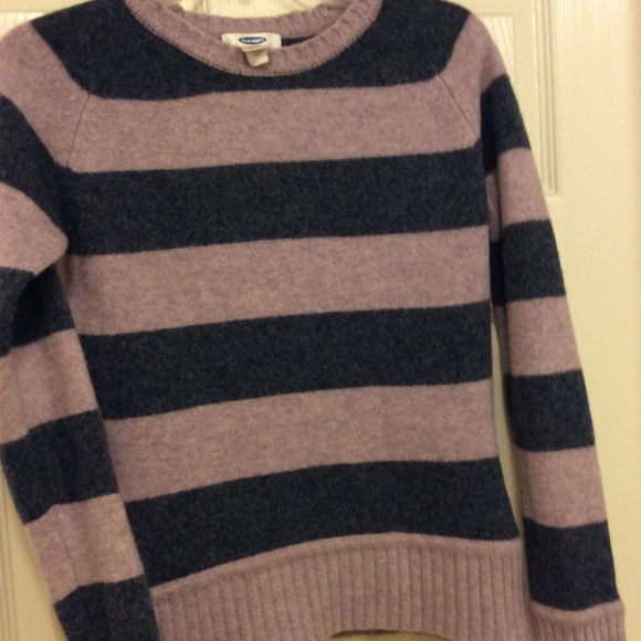 Old Navy Sweaters - Old Navy 100% Wool Sweater